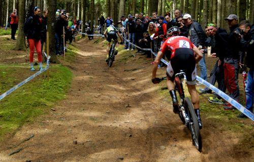 races cyclist biker