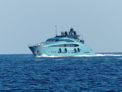 racing boat speedboat motor yacht
