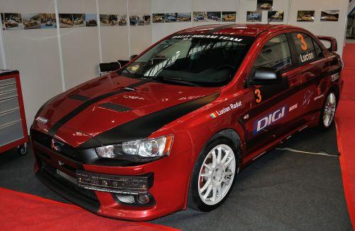 racing car mitsubishi lancer
