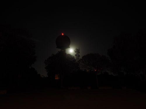 radar equipment balloon-like dark