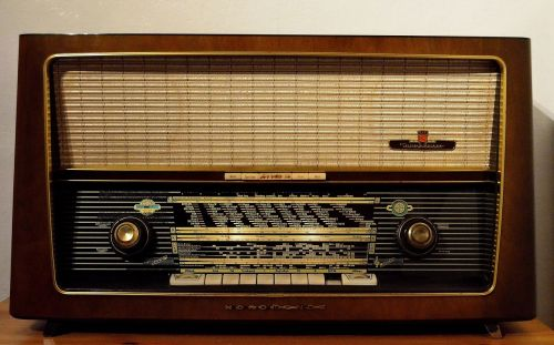 radio tube radio switched