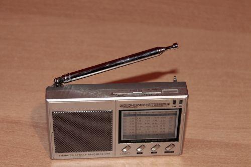 radio retro silver