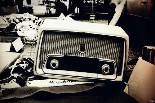 radio nostalgia flea market