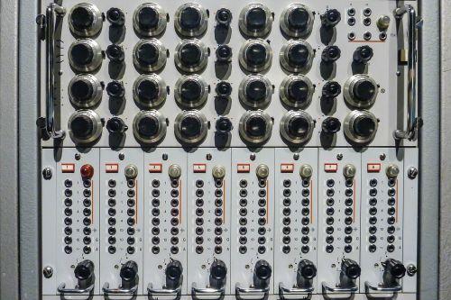 radio control panel analog