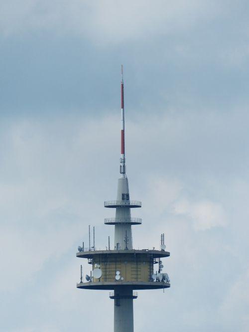radijo bokštas,transmisijos bokštas,siųsti platformą,bokštas,Vokietijos radijo bokštas gmbh,šiaurės viršūnė,plettenbergplateau,Plettenberg,telekomunikacijų bokštas,bokštas rūšių,gelžbetonis,ženklelis,orientyras