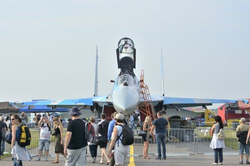 radom air show su-27 air show