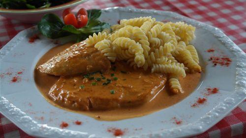 rahmschnitzel schnitzel eat