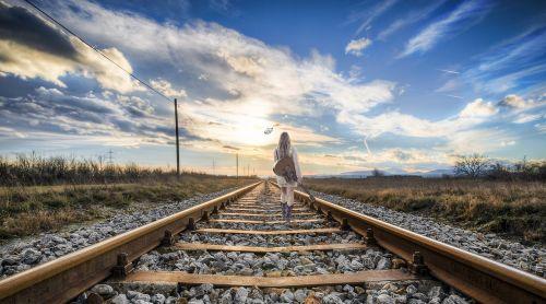 rail girl composing