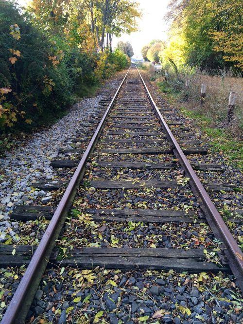 rail straight pave