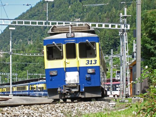 rail- cars the bernese oberland railway exit interlaken ost