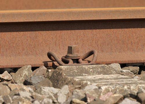 rail clamp  track  threshold