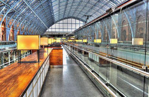 rail station railway platform