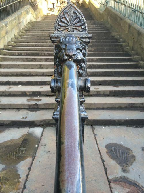 railing emergence gradually