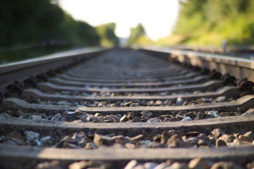 railroad tracks gleise distant