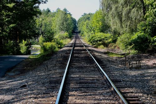 rails railroad distance