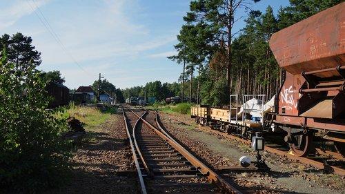 rails  wagon  train station