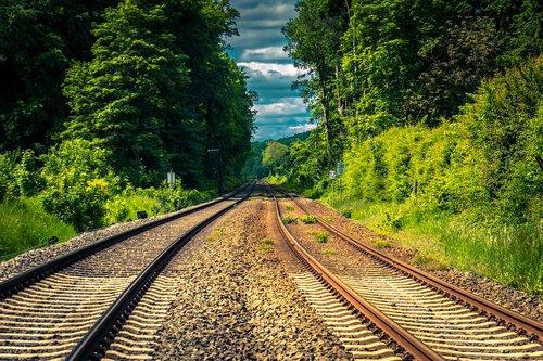 rails  gleise  away