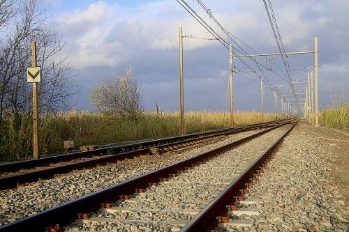 railway train track