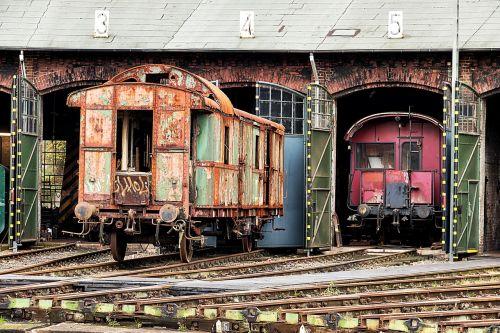 geležinkelis,traukinys,vagonas,atrodė,transportas,geležinkelių transportas,trasa,prarastos vietos,nerūdijantis,db,deutsche bahn,užrakinti skardą,krovininiai vagonai,krovininis transportas