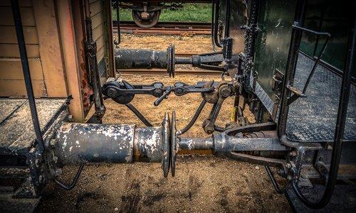 railway carriages  buffer  clutch
