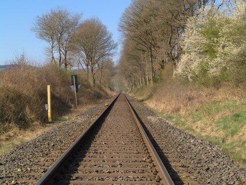 railway line  race track  railway