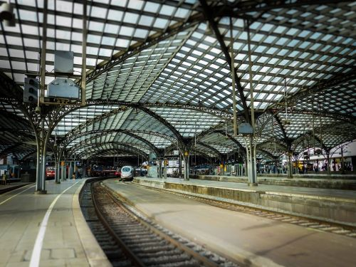 railway station roof cologne