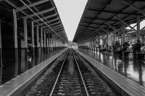railway station remove the sight line black and white