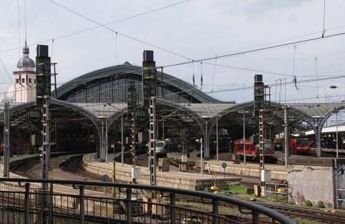 railway station gleise lines