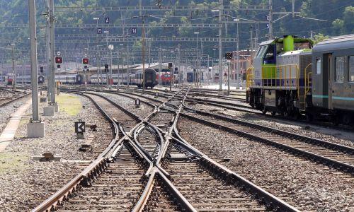 railway station gleise soft road