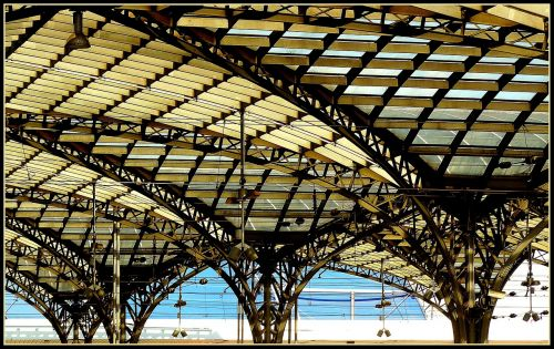 railway station station roof roof