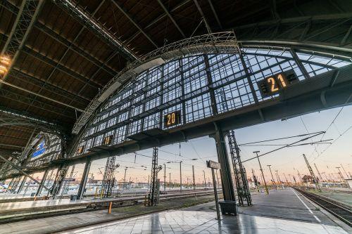 railway station leipzig architecture