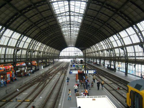 railway station concourse trains