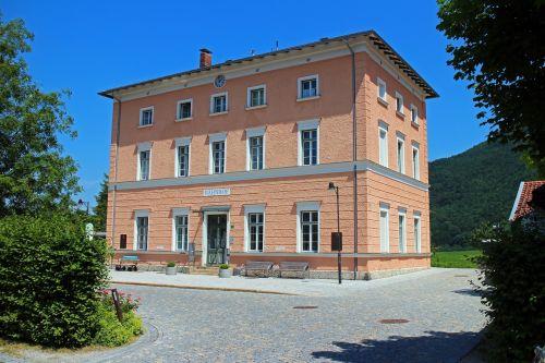 railway station place aschau