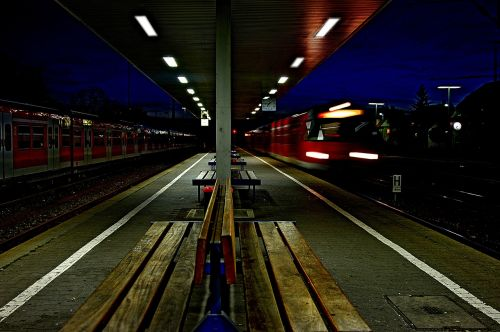 railway station night train