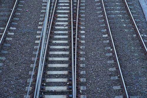 railway tracks changing lanes parting ways