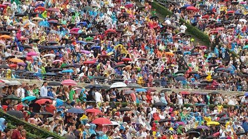 rain screens concert