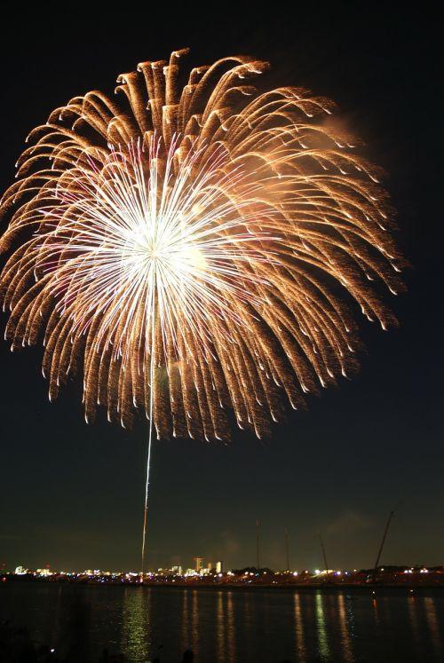 rain fireworks hanabi