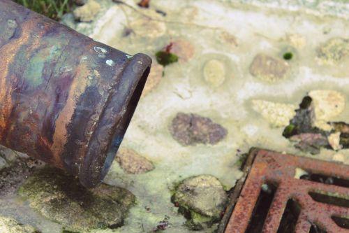 rain gutter waste pipe drain