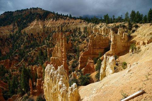 rainbow point hoodoos  bryce  canyon