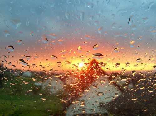 raindrops window condensation