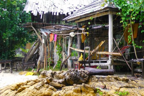 raining island thailand