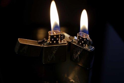 raita  zippo  flame