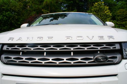 car range rover evoque