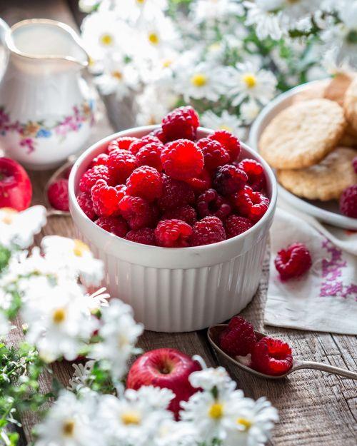 raspberry berry ripe