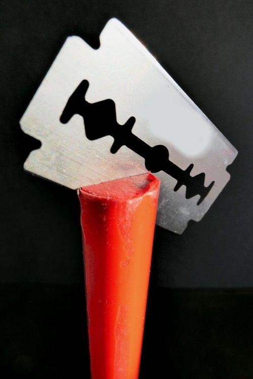 razor blade  sharp  shave