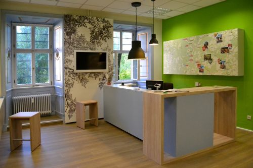 reception green wood