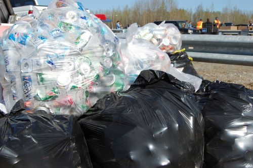 recycle aluminum cans trash bags