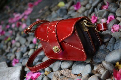 red bag handbag