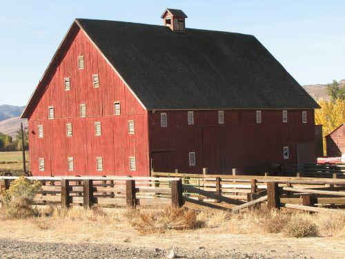 red barn dayville oregon