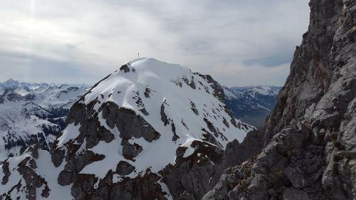 red flüh tannheimer mountains alpine